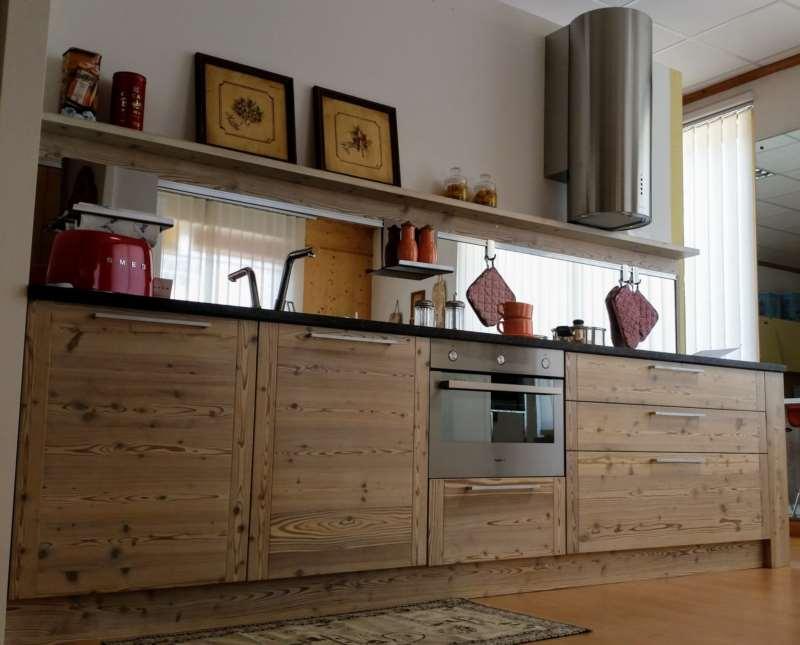 Realizziamo e arrediamo cucine soggiorni camere da letto bagni in ...